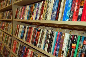 paperback-books-871147-m